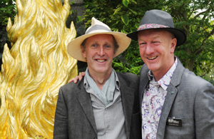 Jim Keeling, Golden Cypress sculptor,with Andy McIndoe