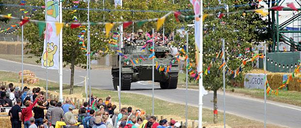 tank carfest banner